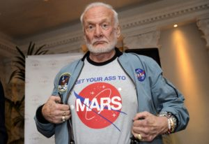 SWITZERLAND-SPACE-ASTRONAUTS-MARS-ALDRIN